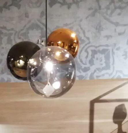 Lampada a Sospensione Atomo di Tonin Casa in Vetro Soffiato con Filo Tessuto Grigio Antracite, Varie Finiture - Offerta di Mondo Luce 24