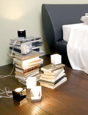 Lume Cubetto di Fabbian con Diffusore in Cristallo Sabbiato Internamente e Struttura in Cromo, Varie Finiture - Offerta di Mondo Luce 24