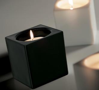 Lampada da Tavolo Cubetto di Fabbian a Candela con Diffusore in Cristallo Sabbiato Internamente, Varie Finiture - Offerta di Mondo Luce 24