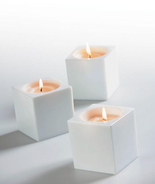 Lume Cubetto di Fabbian a Candela con Diffusore in Cristallo Sabbiato Internamente, Varie Finiture - Offerta di Mondo Luce 24
