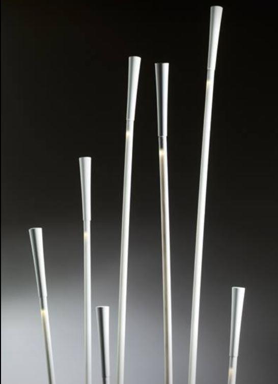 Lampada da Terra Giunco di Fabbian a 7 Luci in Polipropilene, Fibra di Vetro e Base in Metallo Verniciato - Offerta di Mondo Luce 24