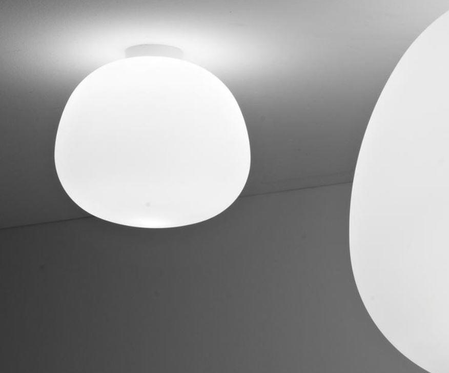 Lampada da Soffitto/Parete Lumi Mochi di Fabbian con Struttura in Metallo o Poliestere e Diffusore in Vetro Soffiato Bianco Satinato, Diverse Versioni e Misure - Offerta di Mondo Luce 24