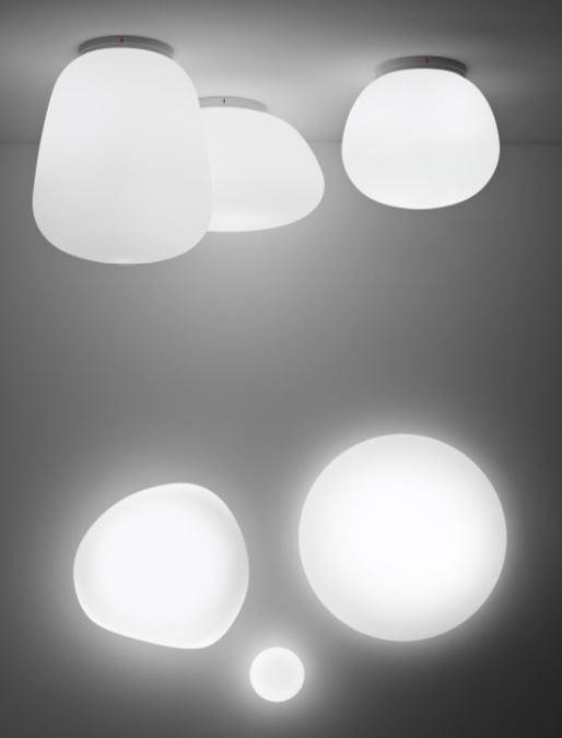 Lampada a Soffitto/Parete Lumi Baka di Fabbian con Struttura in Metallo o Poliestere e Diffusore in Vetro Soffiato Bianco Satinato, Diverse Versioni - Offerta di Mondo Luce 24