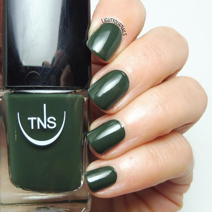 "TNS NAIL COLOUR ""FORESTA"" 572"