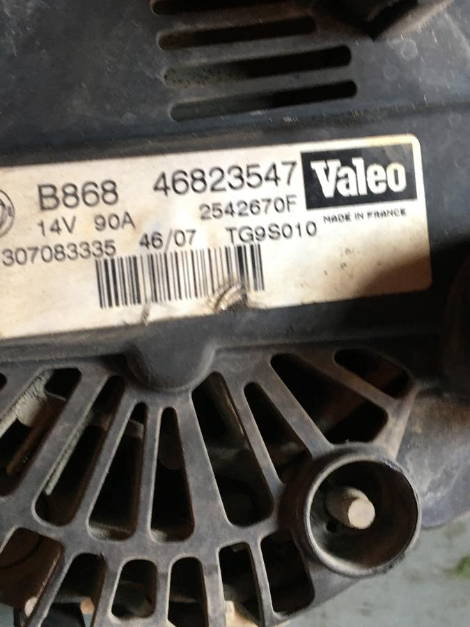 Alternatore Fiat Doblò MJ  46823547 - 2542760F