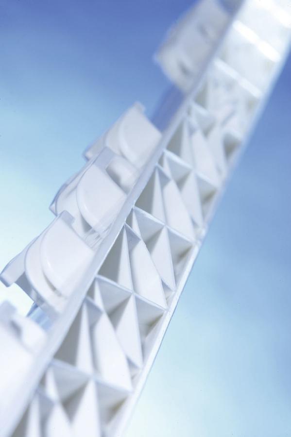 Palo di plastica Titan PLUS Bianco 157 cm con rinforzo metallico (5 pezzi)