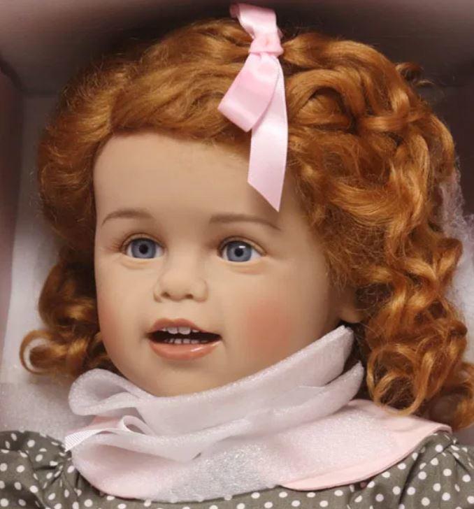"""Bambola da Collezione Vinile """"Svea di Sissel B. Skille"""" con Vestitino a Pois e Capelli Rossi, edizione limitata 300 pezzi Gotz Made in Germany"""