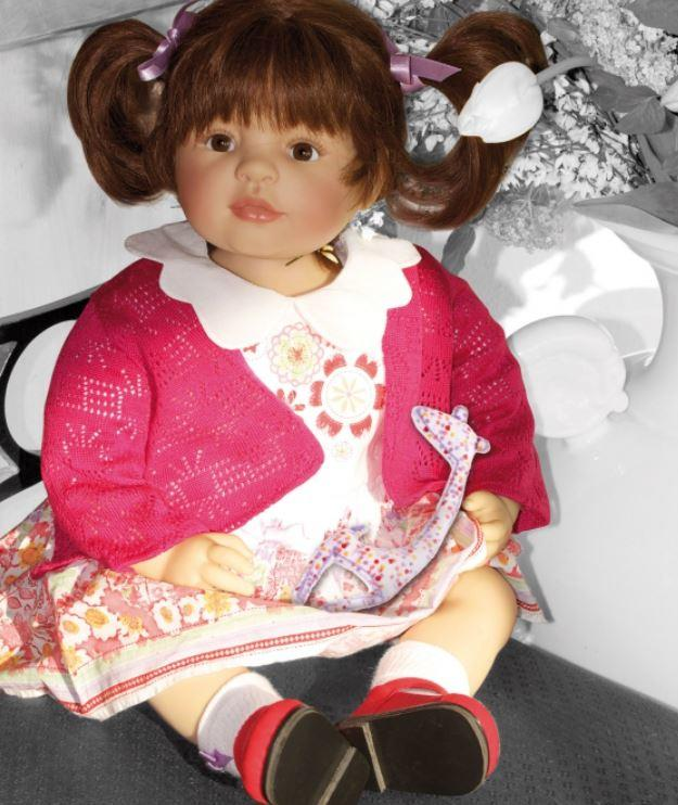 """Bambola da Collezione Vinile """"Hanni di Bettine Klemm"""" con Vestitino a Fiori, edizione limitata 1000 pezzi Gotz Made in Germany"""