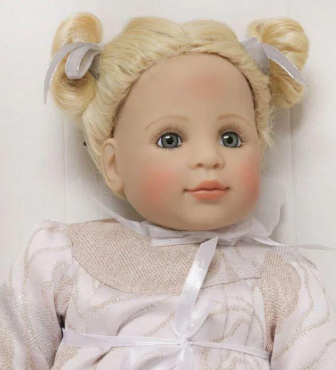 """Bambola da Collezione Vinile """"Rosa di Bettine Klemm"""" con Vestitino Elegante, edizione limitata 250 pezzi Gotz Made in Germany"""