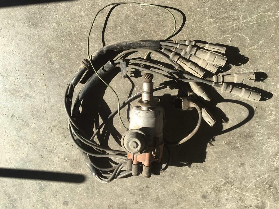 Spinterogeno 8 cilindri Bosch/ Distributore accensione con cavi cablaggio candele Mercedes 350/450/560  - 0237404003