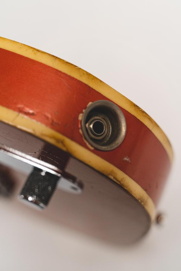 Single Cut - Danocaster