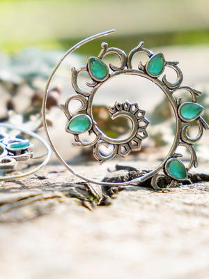 Spiral silver-plated earrings with green Jade petals