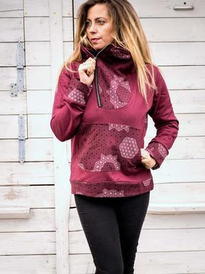 Felpa donna Tushar collo con zip asimmetrica e cappuccio - patchwork bordeaux