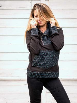 Felpa donna Tushar collo con zip asimmetrica e cappuccio - patchwork nero blu