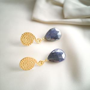 Orecchini con pietra di luna blu [ + perni ]