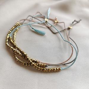 Bracciali regolabili con filo di seta ed ematite sfaccettata [ + colori ]