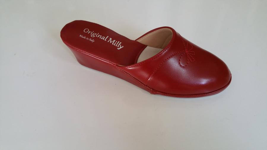 Milly 3000 ciabatte da camera chiuse con zeppa colore rosso