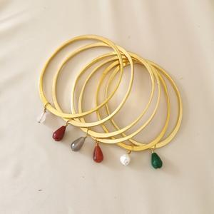 Bracciale di ottone dorato ovale con goccia di pietra dura [ + colori ]