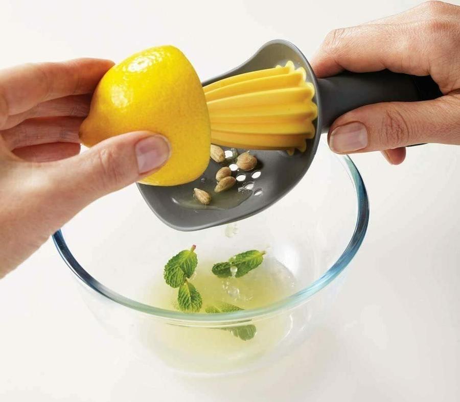 Spremiagrumi Manuale Cucina per Limone Limoni Arancia Arance Frutta Spremute Premute Cocktail con Salvagoccia in Silicone 17cm