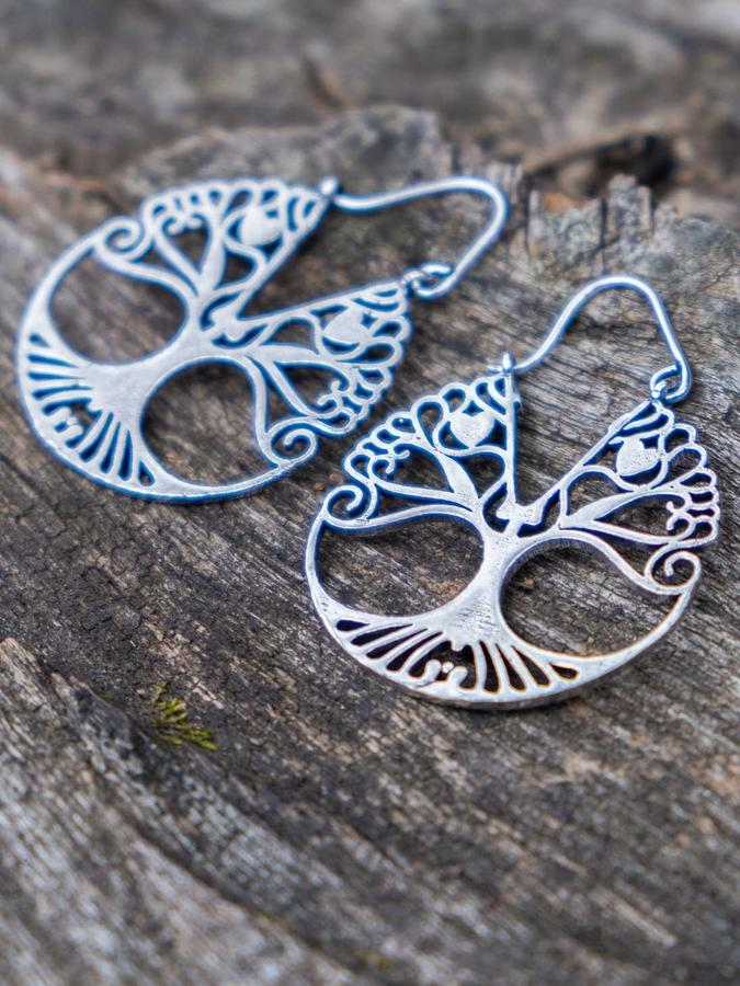 Round silver-plated earrings with Tree of Life and hook closure