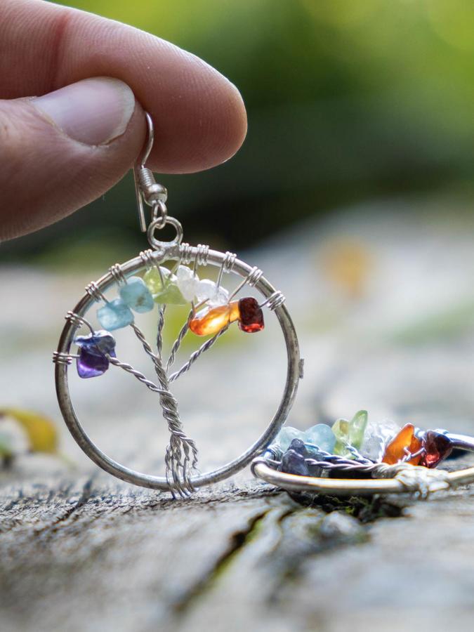 Pendientes plateados con Árbol de la Vida y piedras naturales