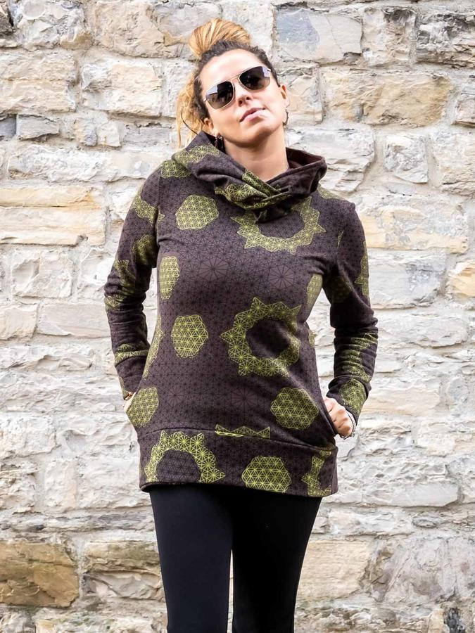Long woman hooded sweatshirt Archita - brown & green