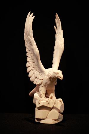 Aquila in acero