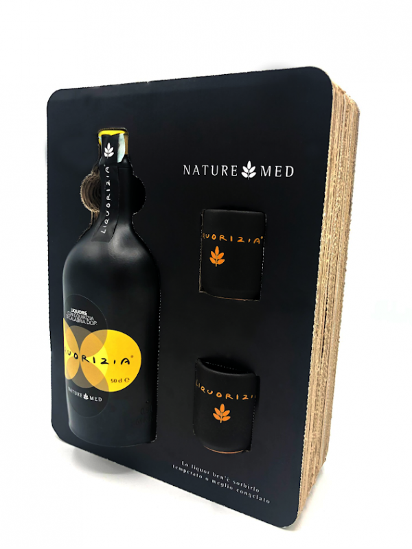 Liquorizia in confezione con due bicchierini in ceramica, Naturemed, 50 cl