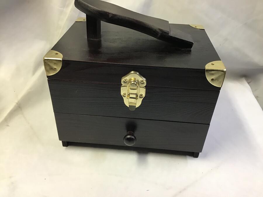Cassetta Porta-accessori