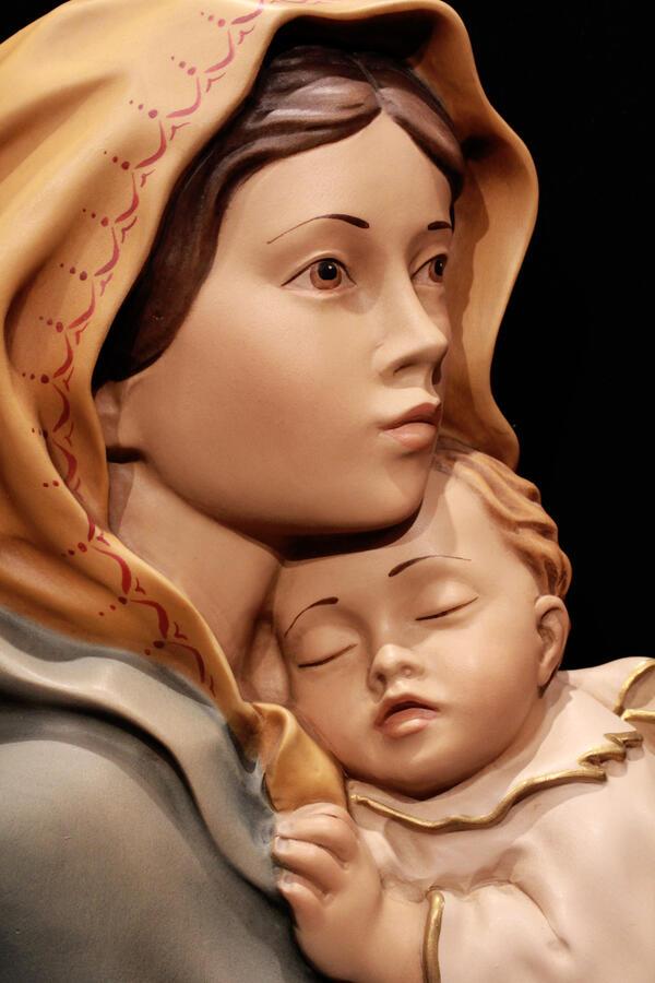 Madonna Ferruzzi parete