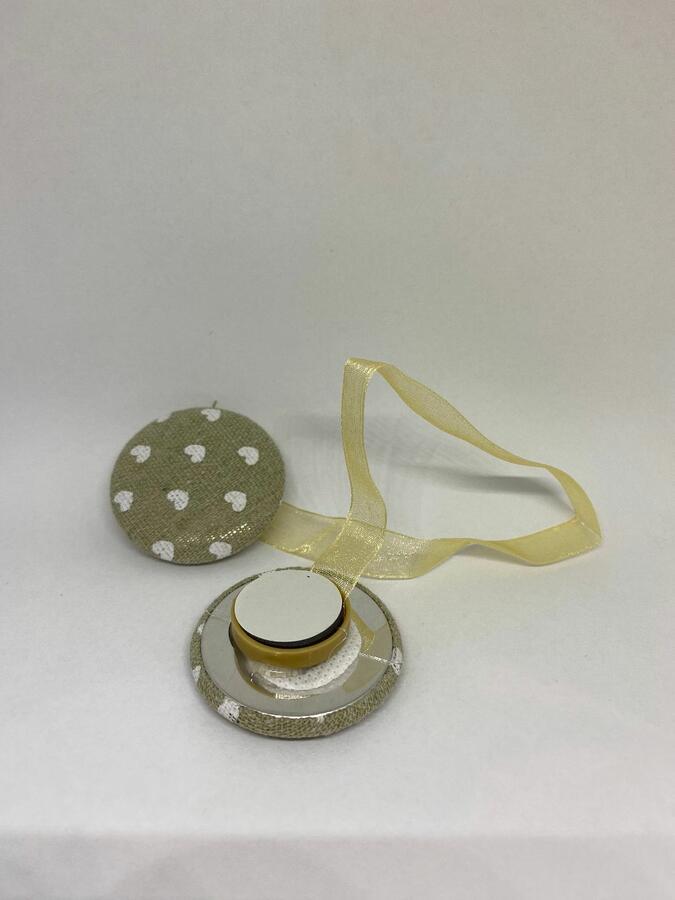 Set 2 Fermatenda Ferma Tenda Tende Magnetico con Calamita Decorativi Moderni a Forma di Cerchio con Cuori in Beige e Bianco