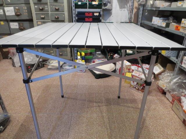 Tavolo Campeggio Alluminio Avvolgibile.Tavolo Campeggio Tapparella Alluminio 70x70 Pieghevole Salvaspazio