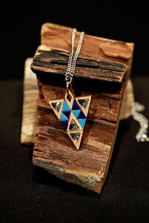 Ciondolo triangoli