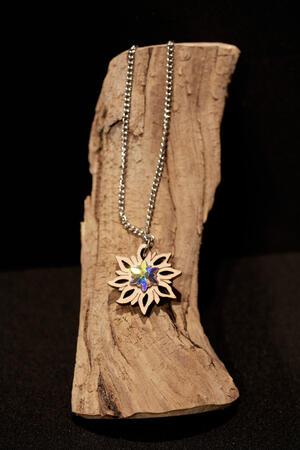 Ciondolo stella alpina brillante