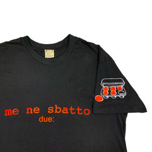 "T-shirt  nera ""Me ne sbatto"" 150 gr - Due :"