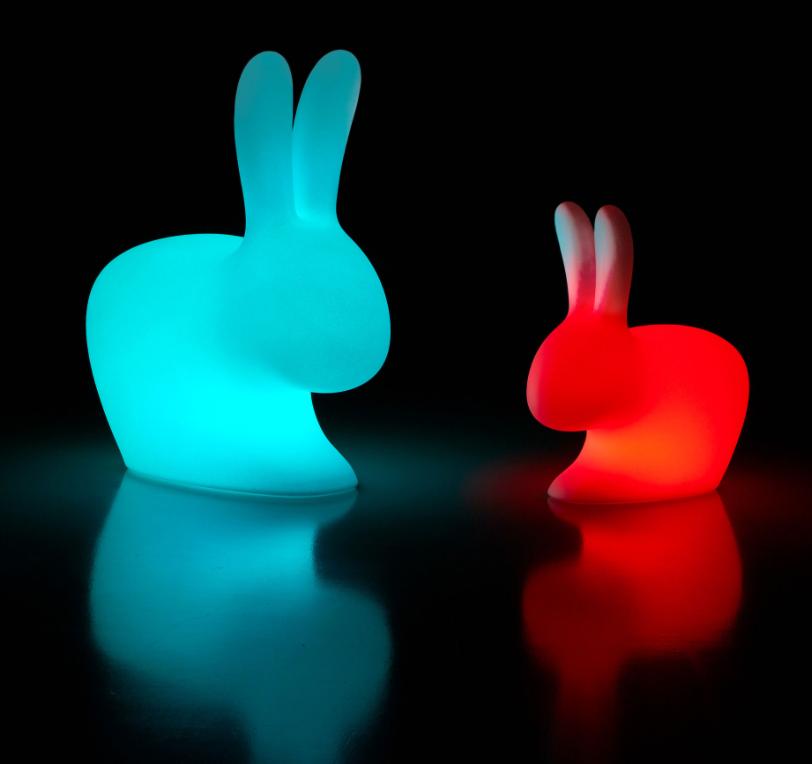 Lampada da Tavolo Rabbit XS in LED Ricaricabile di Qeeboo in Polietilene