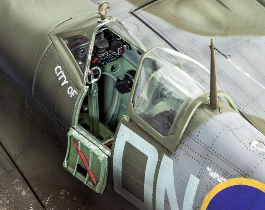 Aereo Supermarine Spitfire Mk.IXc-Technik di Revell
