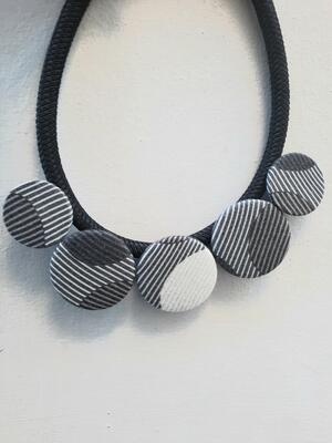Collana geometrica maxi