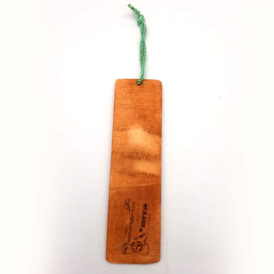 Segnalibro in legno compensato 3mm con inserto in resina personalizzabile