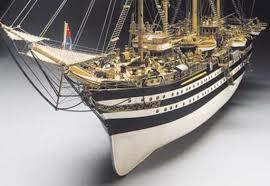 Amerigo Vespucci scala 1/84 - lunghezza mm 1250 di Mantua Model - Offerta di Mondo Nautica 24