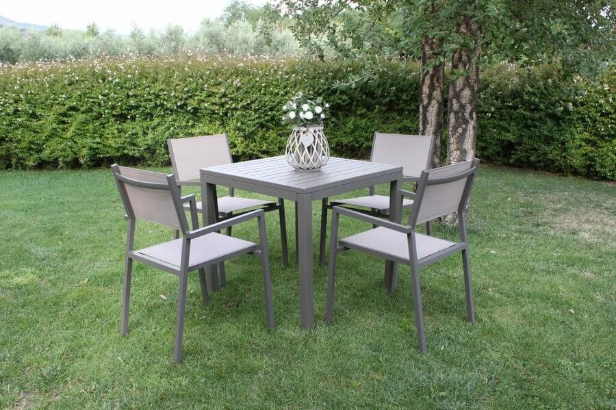 Tavolo da giardino in alluminio CUBANINO misura 80 x 80 colore TAUPE