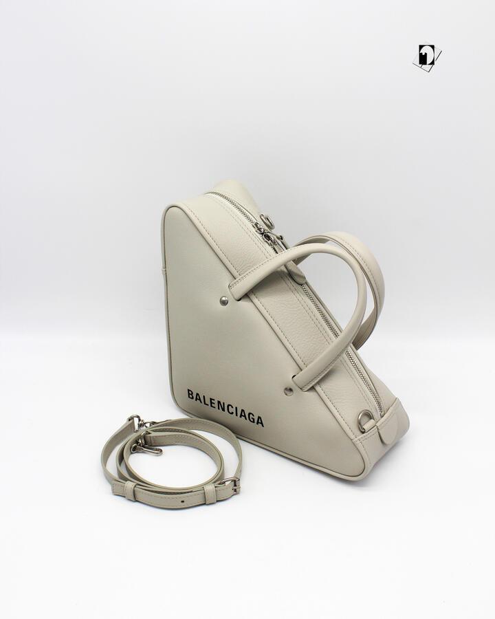 Borsa a mano Balenciaga da Donna Duffle Triangle S in 2 varianti