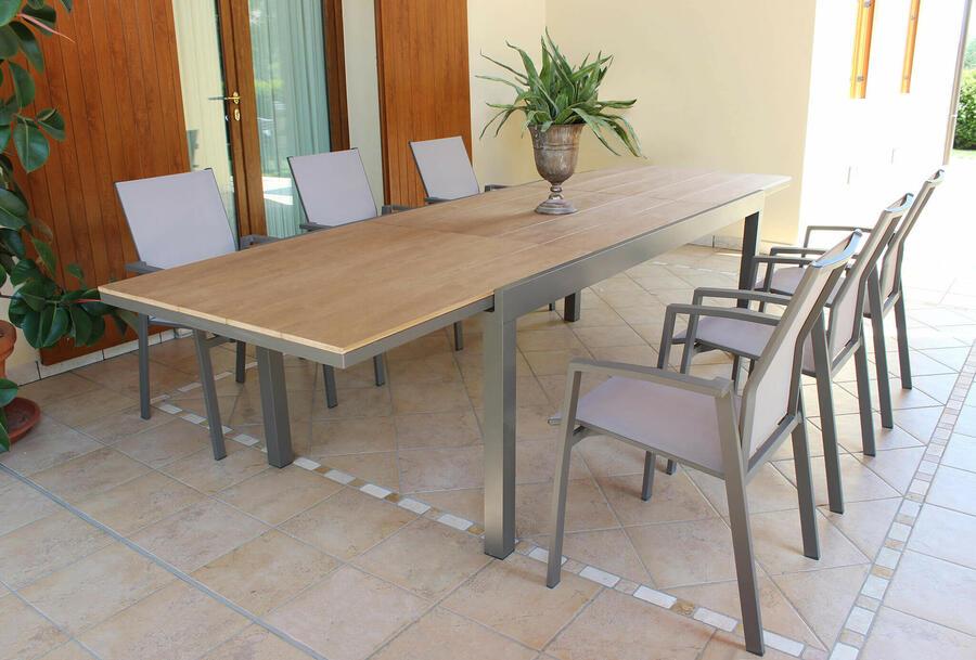 Tavolo da giardino CAYMANO MINI allungabile in alluminio taupe POLYWOOD TEAK 160 / 240 x 95