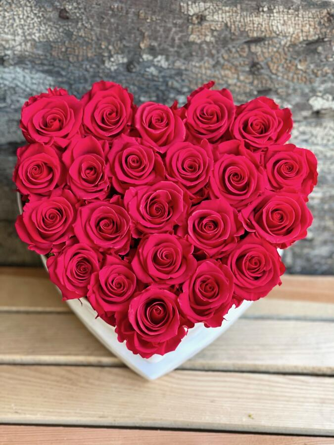 CUORE FLOWER BOX C22 Rossana Collection ROSSO
