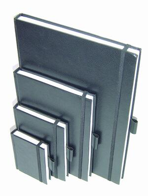 Quaderno rilegato SKETCH DIARY elastico e carta ruvida da 110 gr./mq.