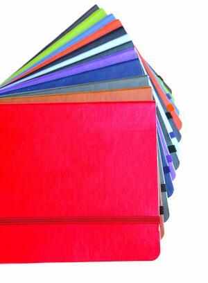 Quaderno con elastico, copertina morbida A4 neutro o rigato