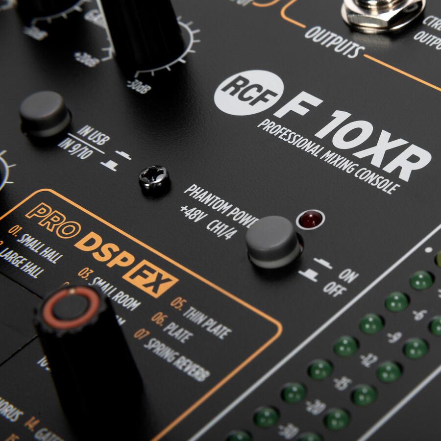 RCF F 10XR