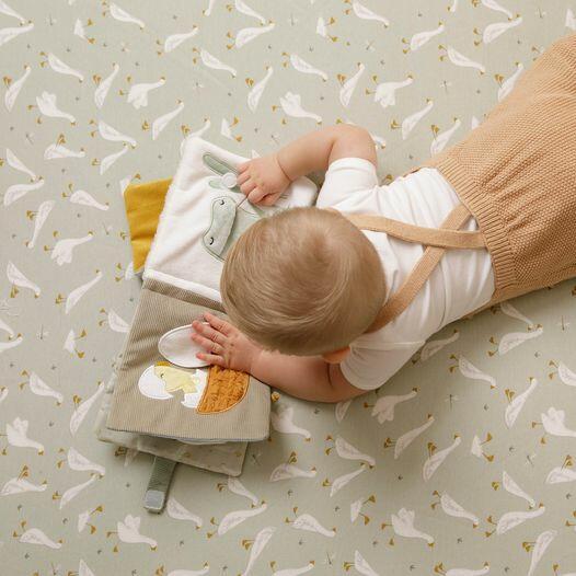 libro sensoriale  in tessuto