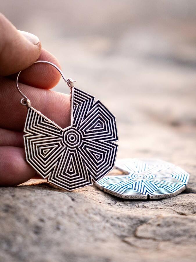 Orecchini pendenti ottone placcato argento forma esagonale