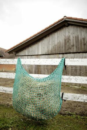 Rete per fieno FlexiStrong verde 150cm x 100cm maglia 4,5 x 4,5cm capacità 20 kg